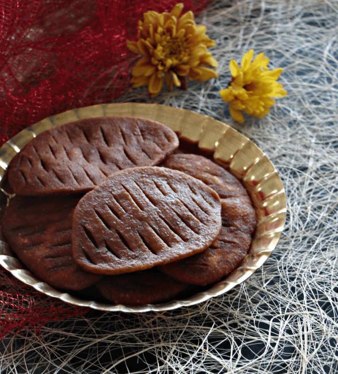 Jeebe Goja is a Bengali sweet that resembles the shape of tongue.