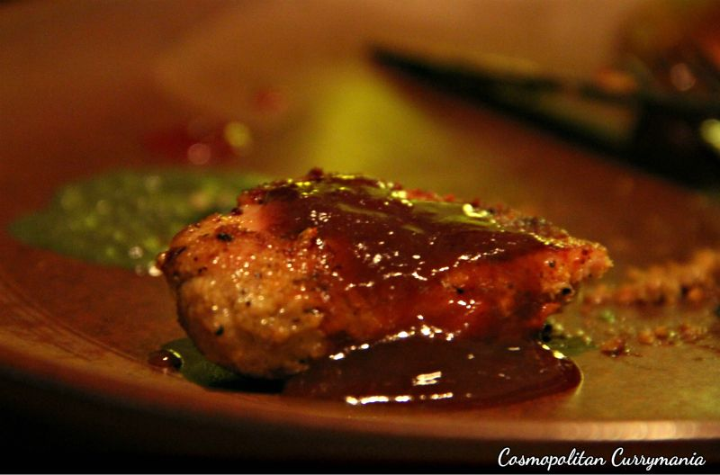 Murgh Shikanja was oozing with flavours. It will please your tastebuds for sure. Try this with tamarind chutney.