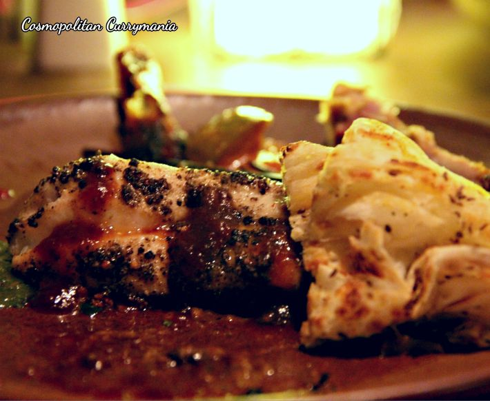 The Pepper Pomfret was served with delicious, light and fluffy Ajwaini Parothi Naan. Divine!