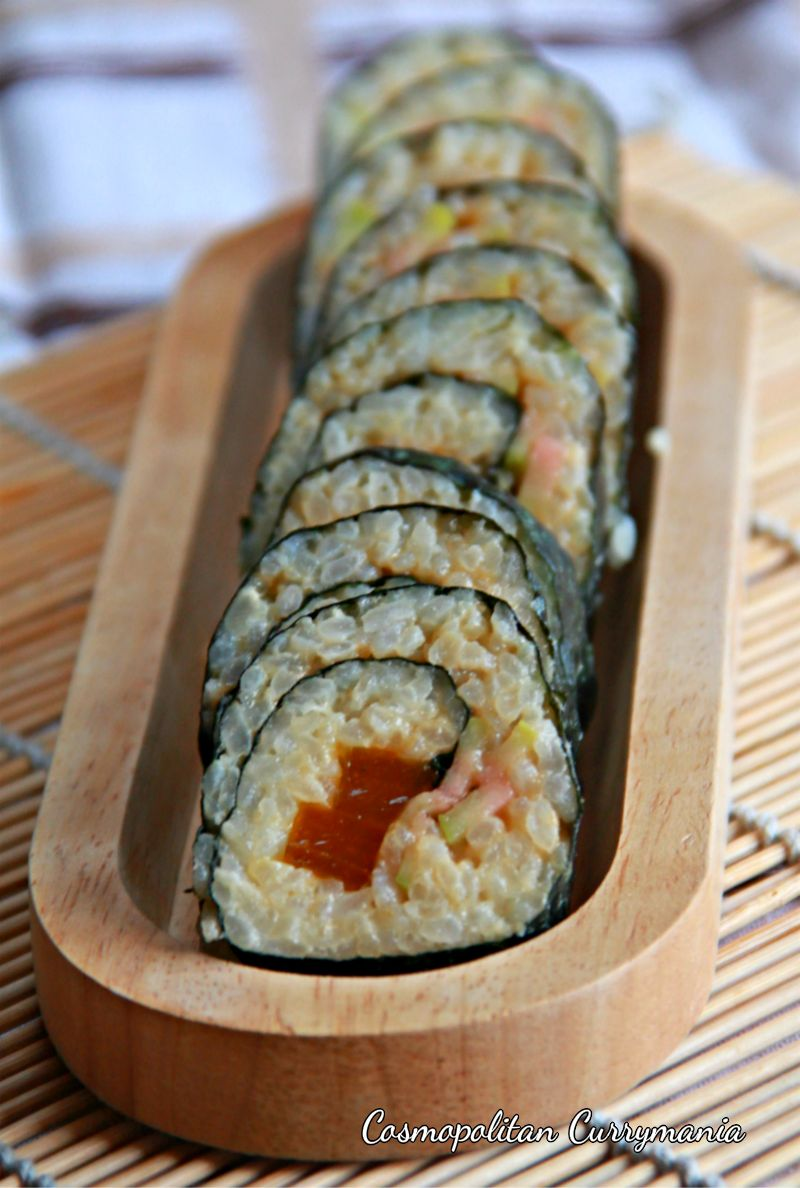 Pink guava and mango bar sushi is not a dessert sushi. It's not quite sweet and can be had in between regular sushis to cleanse the palate. This Indo-Japanese fusion sushi is completely vegetarian!