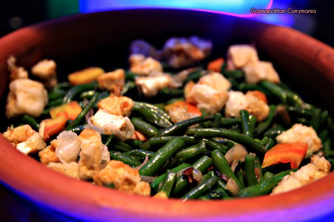 Sauteed long beans with tofu