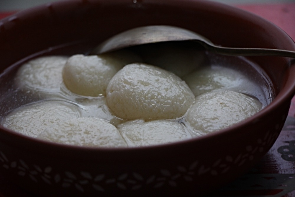 Rosogolla recipe and tips and tricks by Purabi Naha